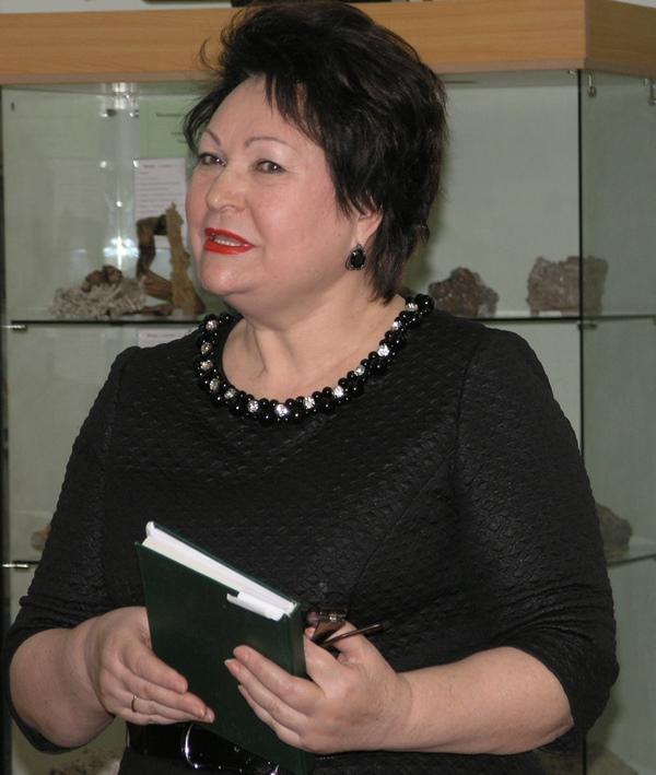 Ирина Никифоренко, помощник-Главы администрации города