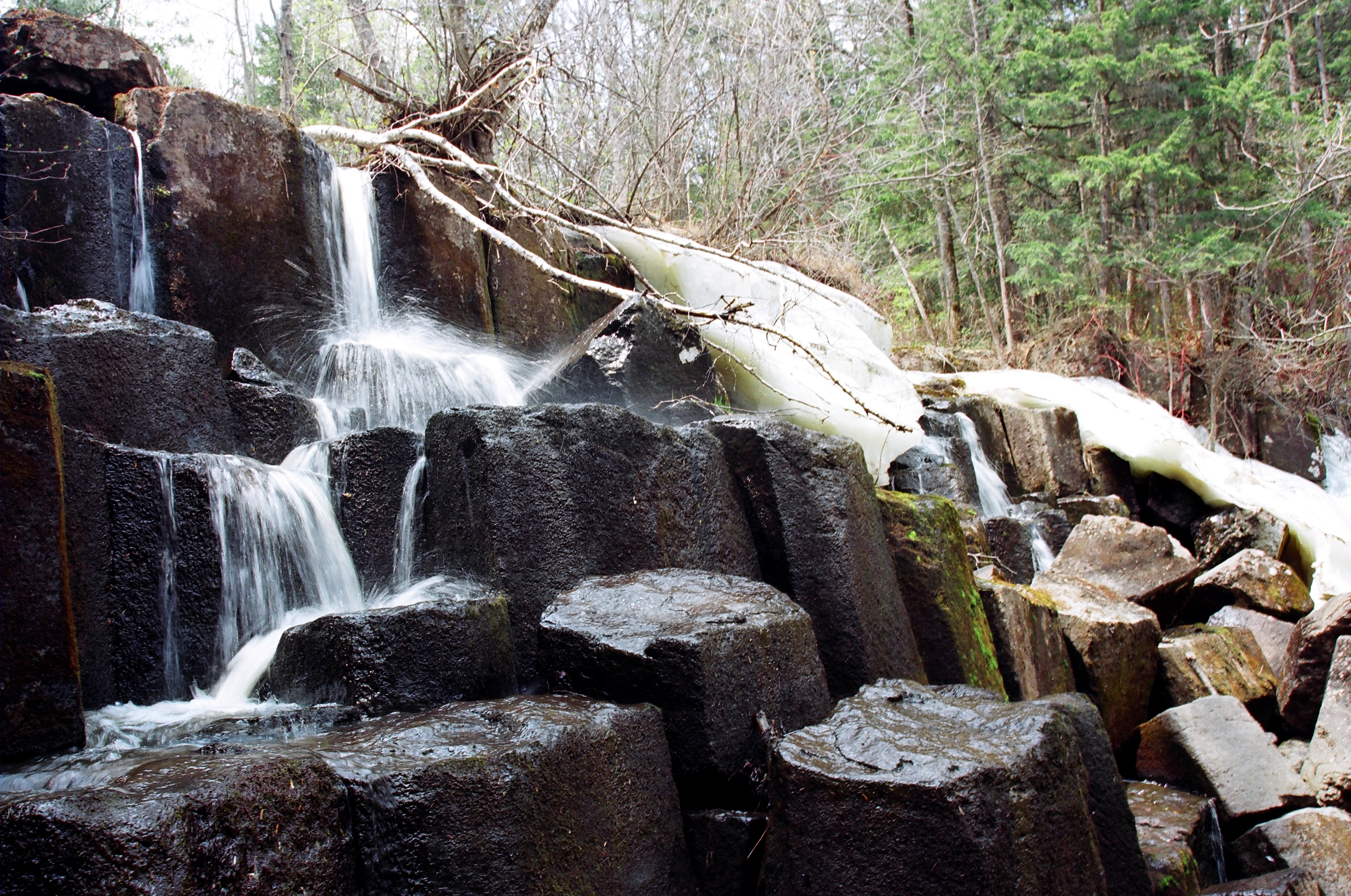 Водопад Принцессы в верховьях реки Даубихе