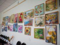 «В преддверии лета»: выставка картин студии «Батик» г. Партизанска