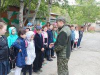 Пограничники с «Астафьева» гостеприимно встретили третьеклассников